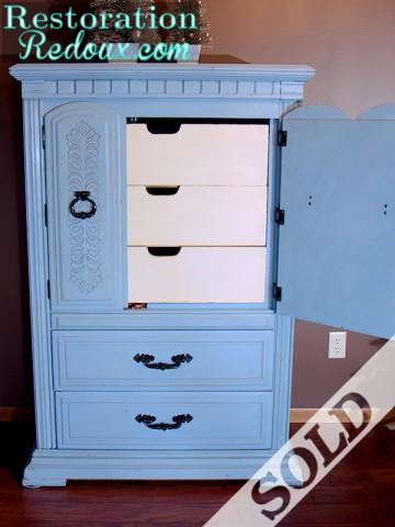 www.restorationredoux.com - Armoire
