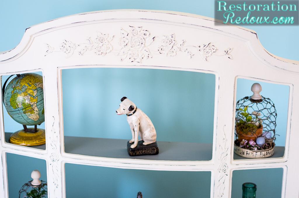 Plaster Painted Shelf Makeover