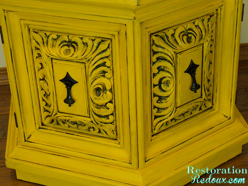 Furniture - Yellow Gold Endtable Nightstand