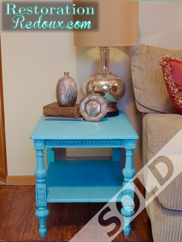 blue_sidetable