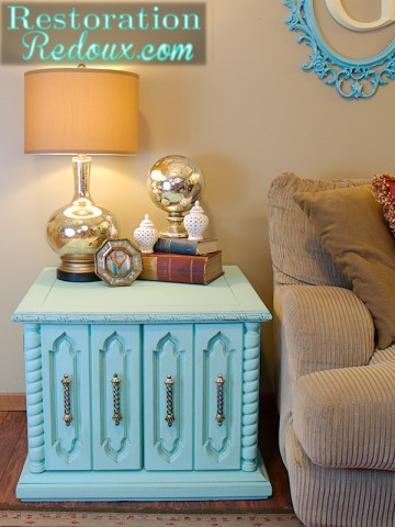 Aqua Chalkpainted Table