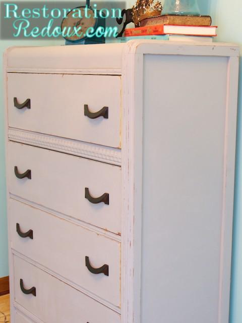 Dresser_Right
