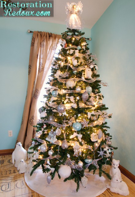 Pier One Christmas Trees.Christmas Tree Reveal 2013 Daily Dose Of Style