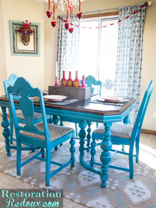 Favorite Turquoise Dining Table - Daily Dose of Style PE41