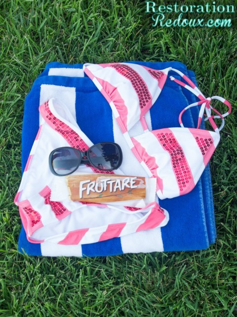 Fruttare by the pool
