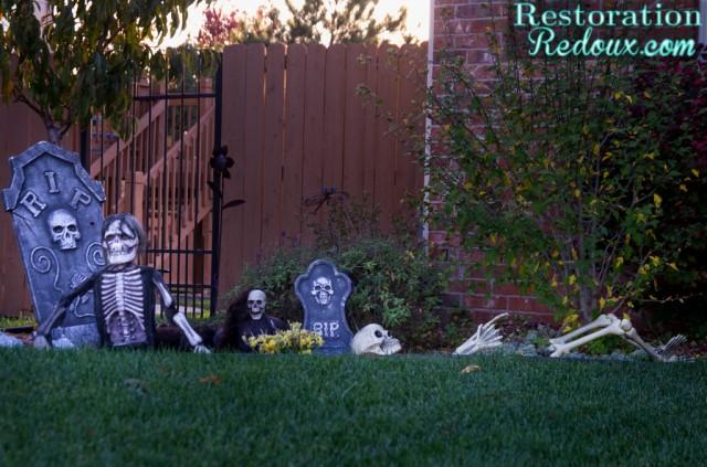 Halloween-Outdoor-Decorations