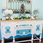 Christmas-Vintage-Decor-Buffet