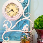 Plaster Painted Yard Sale Clock Makeover