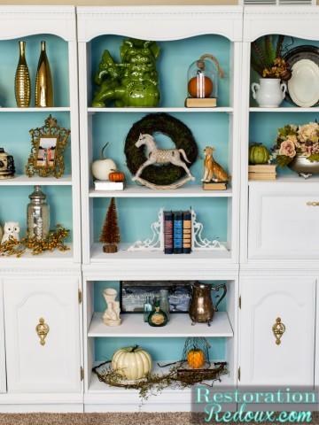 Craigslist Ivory Bookshelf Makeover