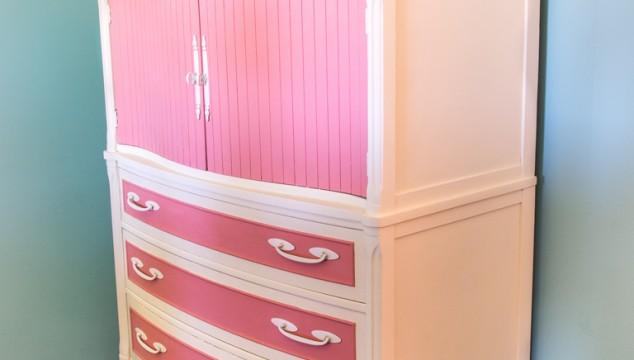 Vintage-Ivory-and-Pink-Dresser