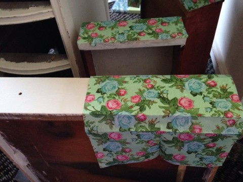 How to Decoupage a Desk with Napkins