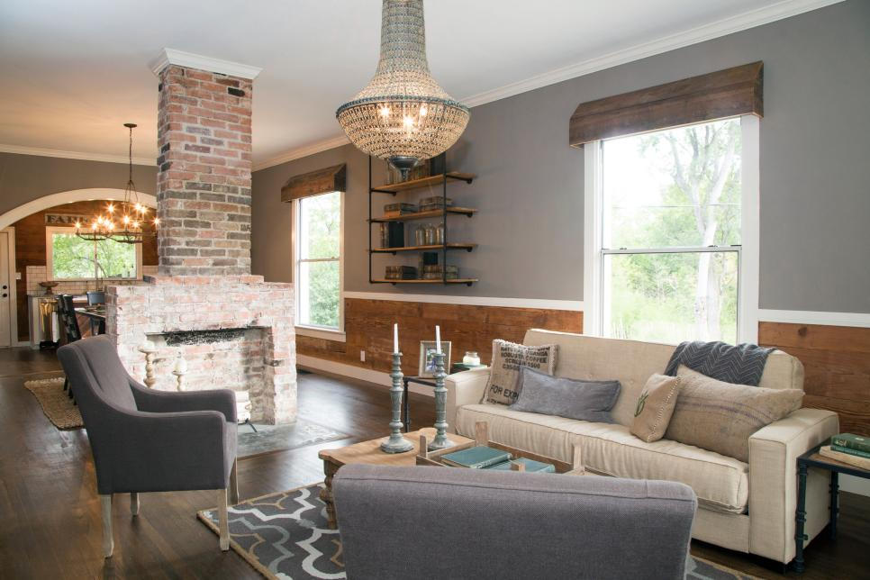 Top 10 Fixer Upper Living Rooms