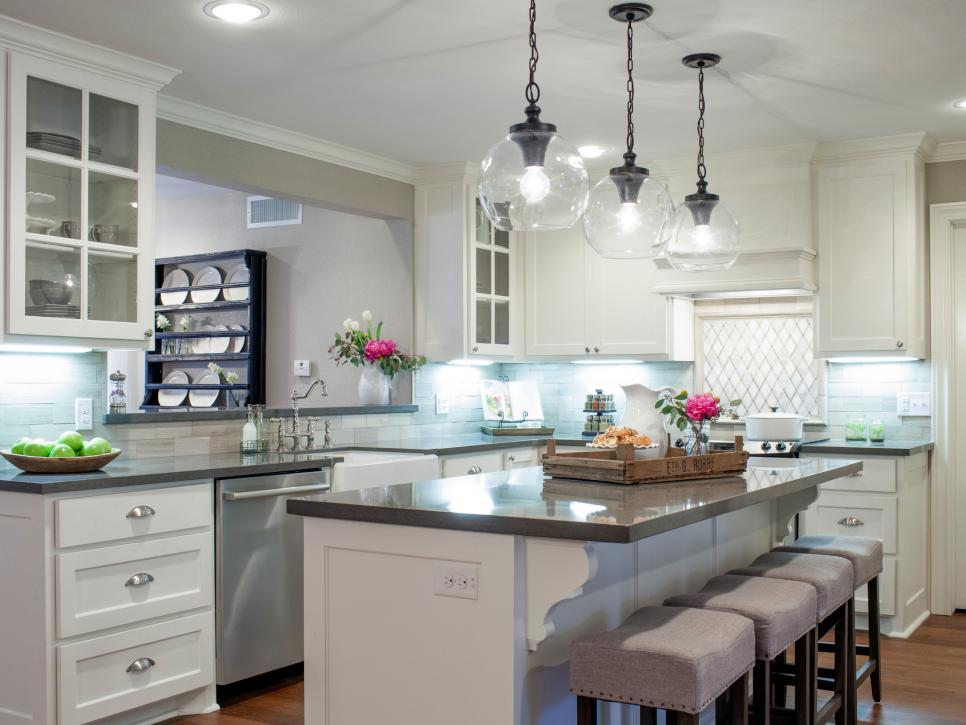 Top 10 Fixer Upper Kitchens