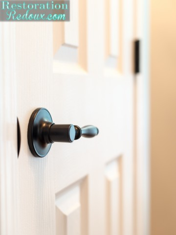Best Place on the Internet to get Farmhouse Doorknobs