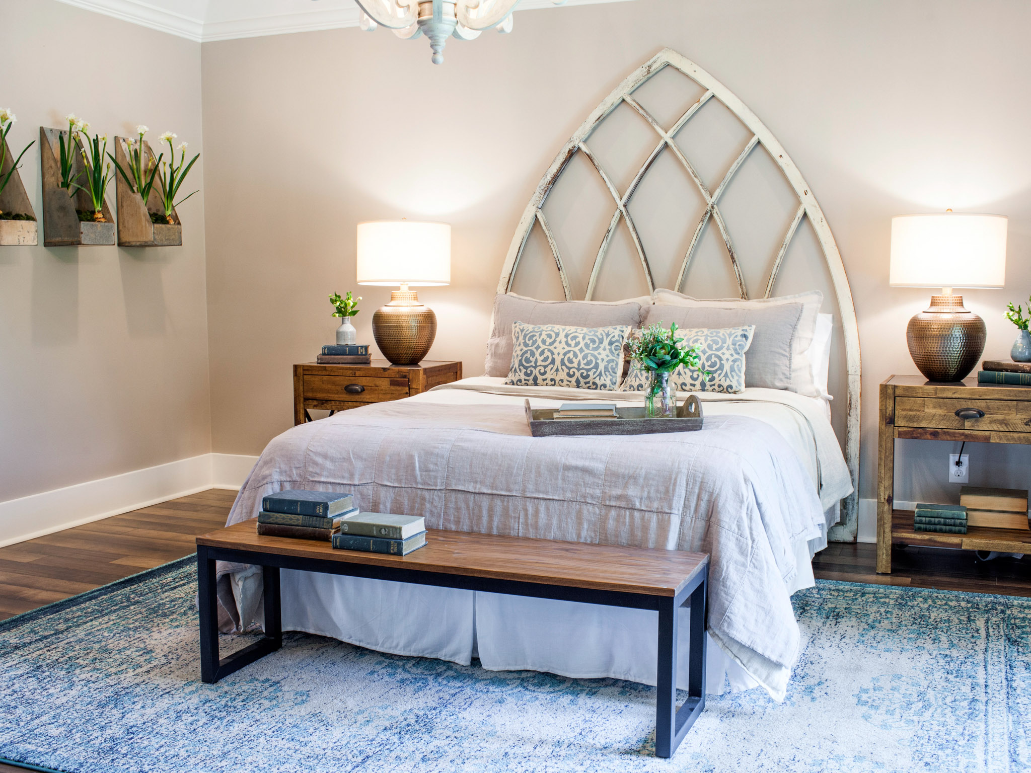 Top 10 fixer upper bedrooms daily dose of style for Bed designs pictures