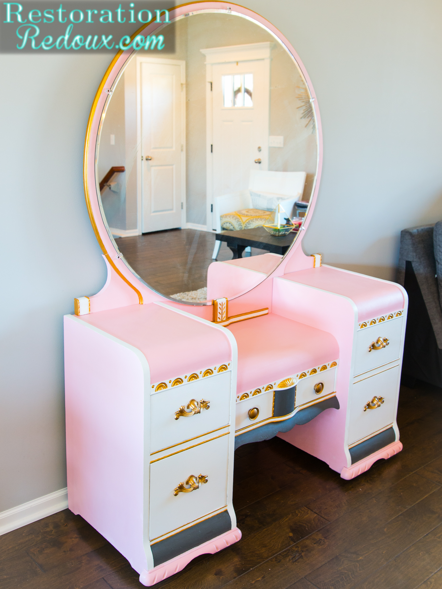 Pink Glamour Vanity Makeover