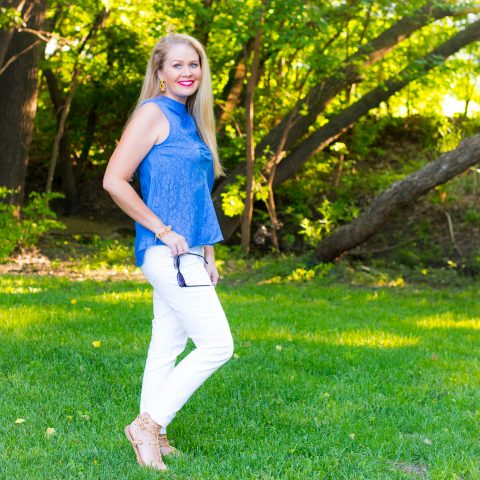 Blue Sleeveless Top/White Cropped Jeans